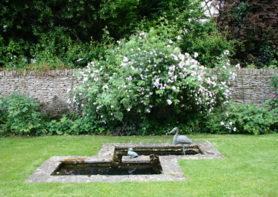 The simple, elegant water feature